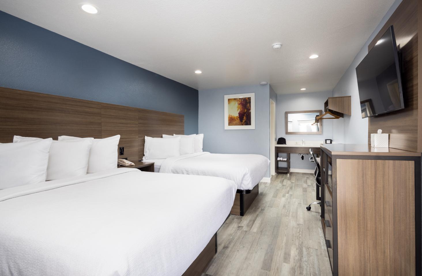 Pismo View Inn Guest Room