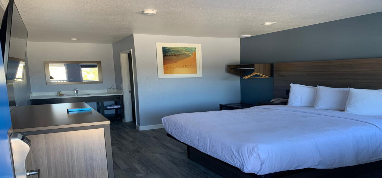 WELL-APPOINTED GUESTROOMS FOR BUSINESS AND LEISURE TRAVEL AT PISMO VIEW INN